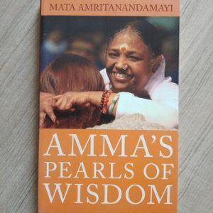 Used book Amma's Pearls of Wisdom