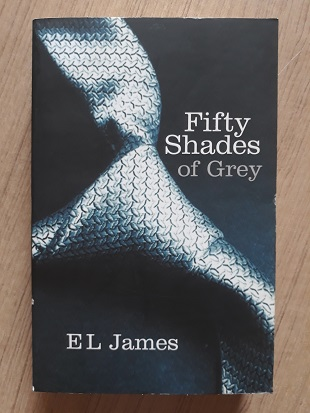 Used Book FIFTY SHADES OF GREY - E L JAMES