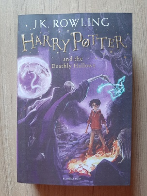Second hand Book Harry Potter And The Deathly Hallows