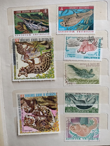 Used Book 8 Stamps